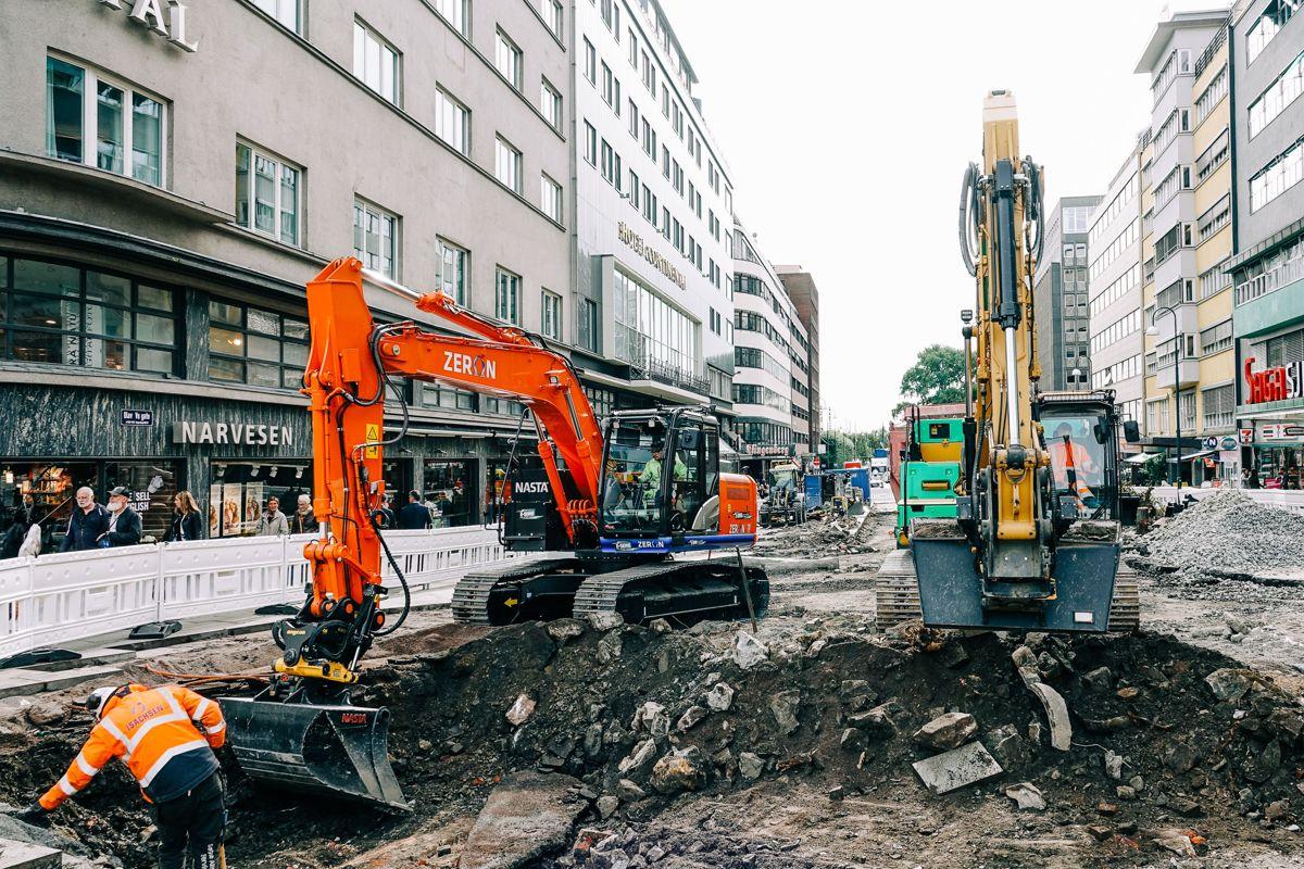 Arbeidet med oppgraderingen av Olav Vs gate er i gang. Den øvre delen blir gågate, og skal stå ferdig på våren 2020.