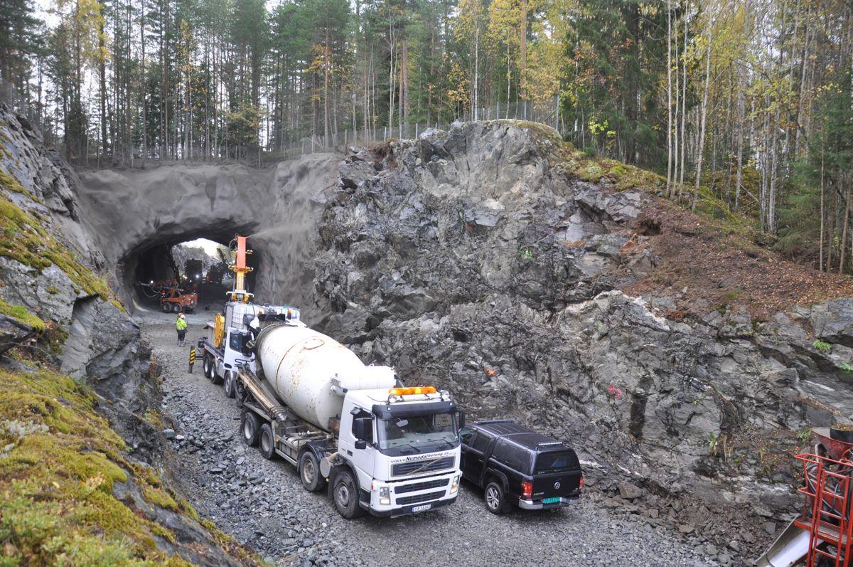 Rustandtunnelen er eneste tunnel på fv. 40 i Numedal. Foto: Kjell Wold/Statens vegvesen