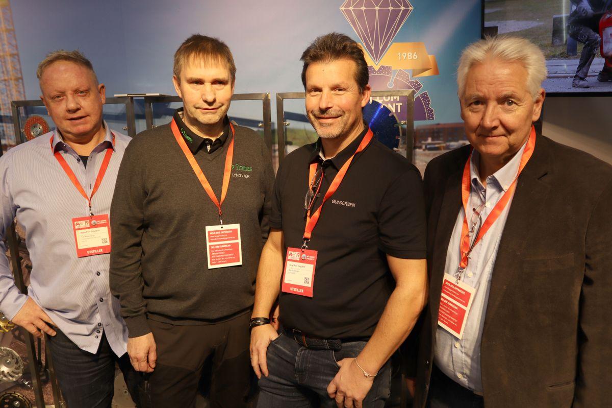 Andre Lyngvær og Geir Gundersen i Tromas (i midten) benyttet anledningen til å besøke sin leverandør av kjerneboreutstyr, Sverre Hellum, under Bygg Reis Deg. Foto: Svanhild Blakstad