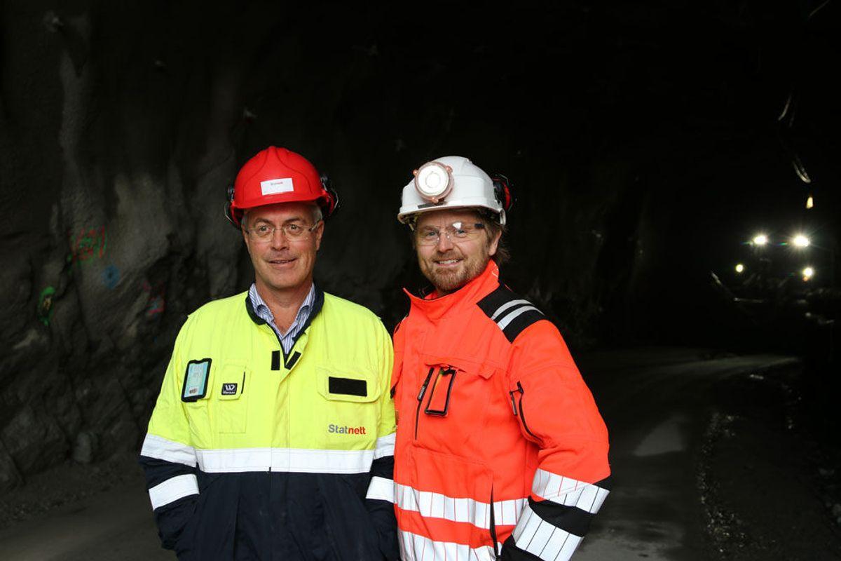T.v. Hans Herlofsen, prosjektleder i Statnett og Tarjei Hammertrø Johnsen, prosjektleder i Veidekke. Foto: Malin S. Strandberg.