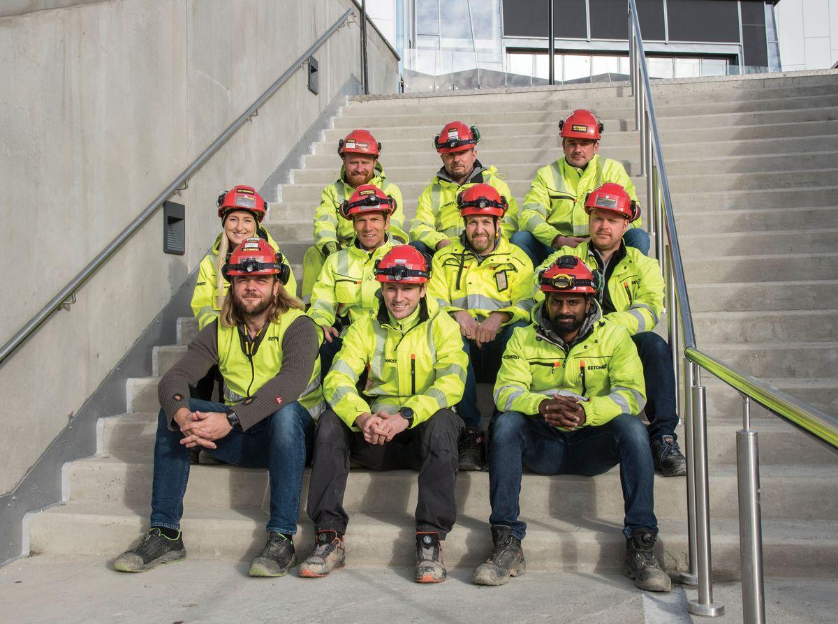 Betonmast-teamet som har jobbet med SNØ. Foto: Trond Joelson