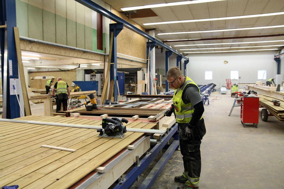 Landheim har sin produksjon på Skreia i Oppland.