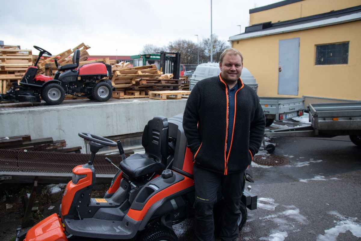 Eivind Andreas Floberg møtte opp med sin maskin, og ante ikke at han ville få en helsesjekk med på kjøpet. Foto: Malin S. Strandberg
