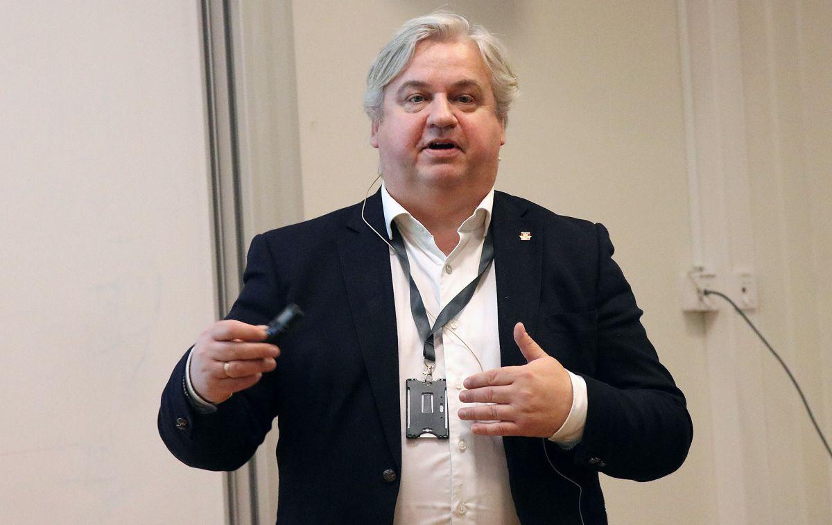 – Jeg har stor tro på hele tiden å måle det vi gjør. Det vil skjerpe oss og bidra til innovasjon, sier leder for utbyggingsdivisjonen, Kjell inge Davik.