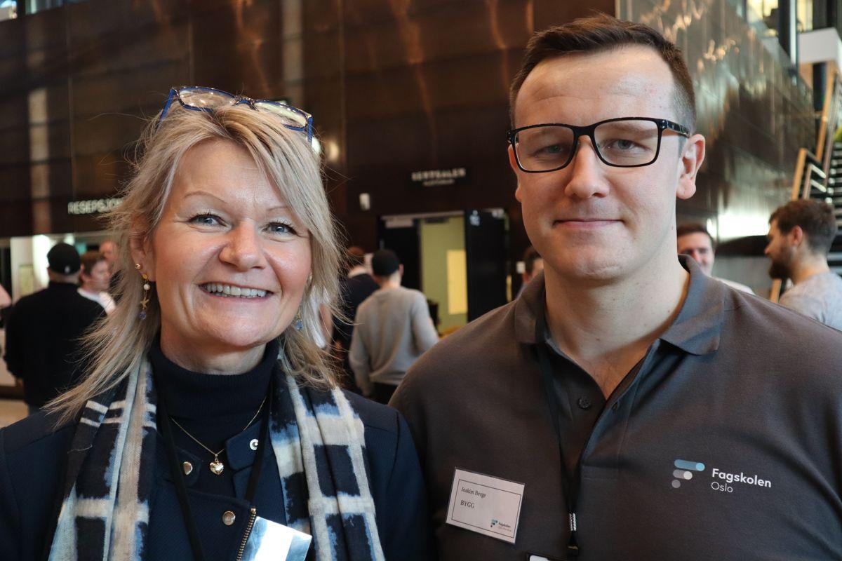 Anne K. Eggen Lervik, leder kommunikasjon ved Fagskolen, og Joakim Berge, leder i Næringsutvalget. Foto: Svanhild Blakstad