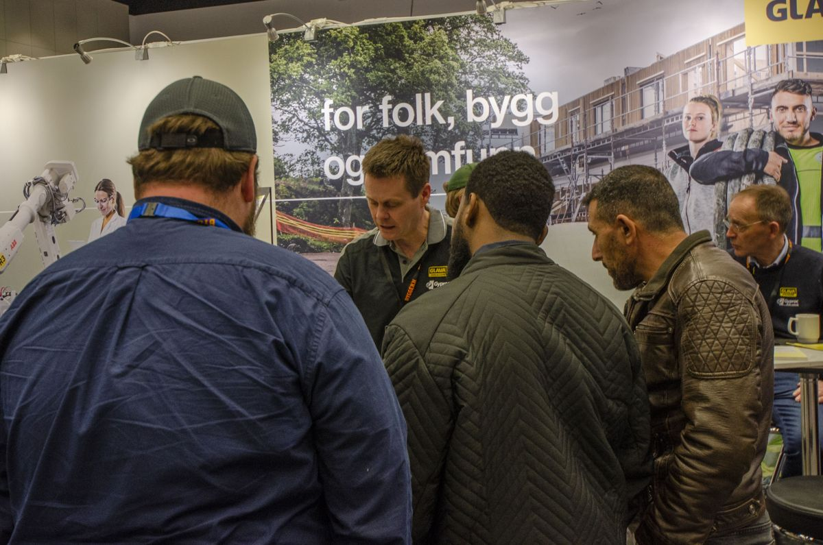 Omtrent 60 leverandører viste frem varene sine i Bygger'ns proffmesse fredag.