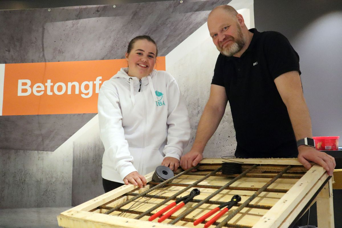 Betonglærling Frida Sletten og HMS-sjef Petter Blomkvist i BRG Entreprenør. Foto: Svanhild Blakstad