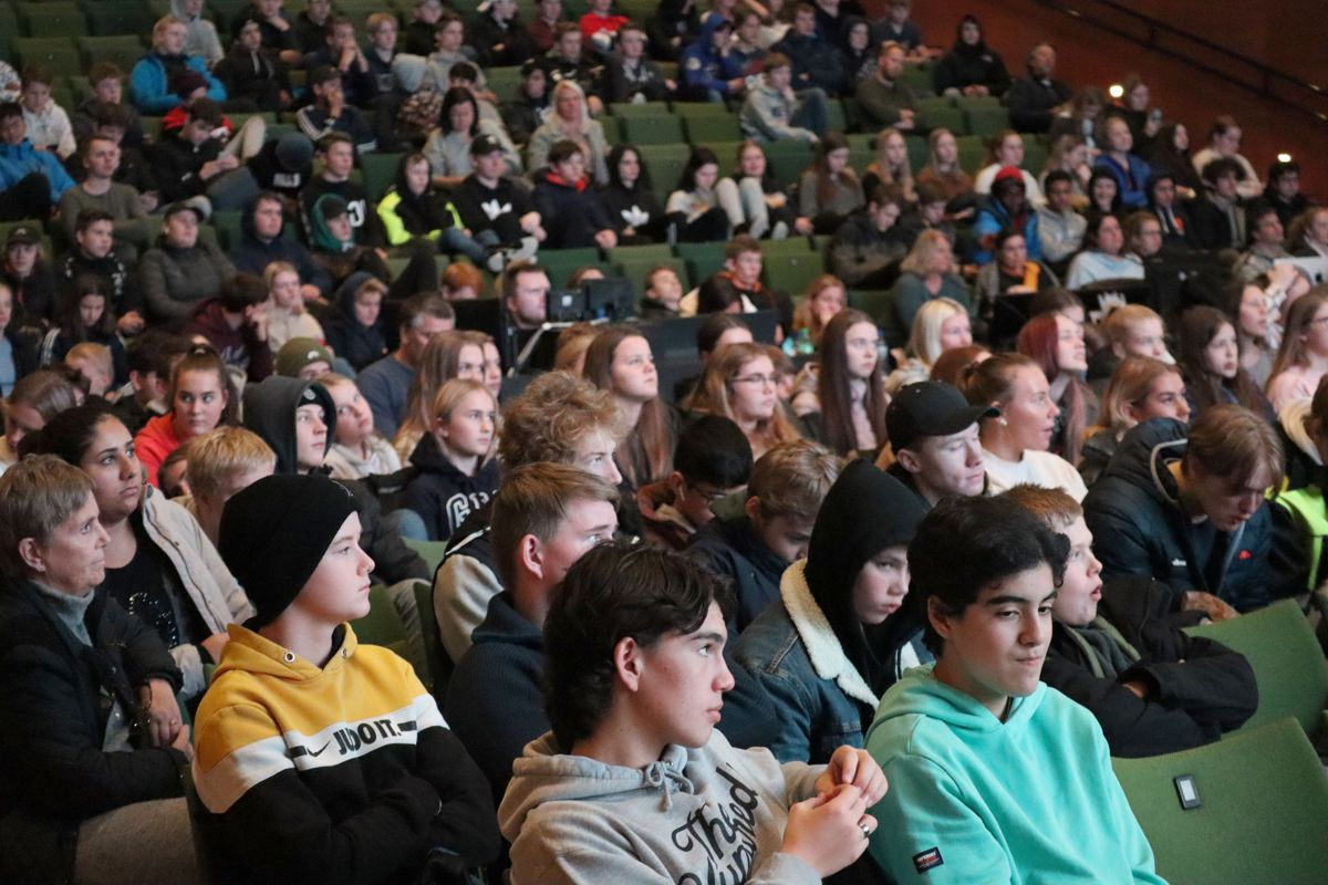 Ung i Bygg og Anlegg henvender seg til ungdomsskoleelever i niende og tiendeklasse. Her fra arrangementet i Kristiansand i november. Foto: Svanhild Blakstad