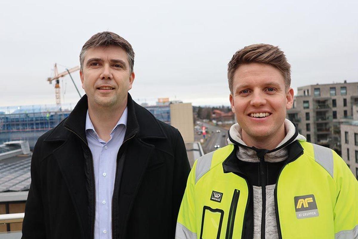 Prosjektleder Sindre Ruud i Obos Eiendom og Kjell Kolle i AF Bygg Oslo.