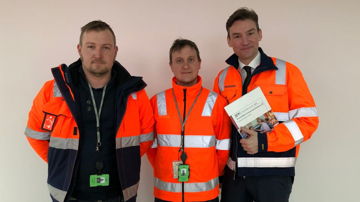 Simen Gabrielsen, Christopher Hjoberg og Henrik Asheim. Foto:Elise Hole/Skanska