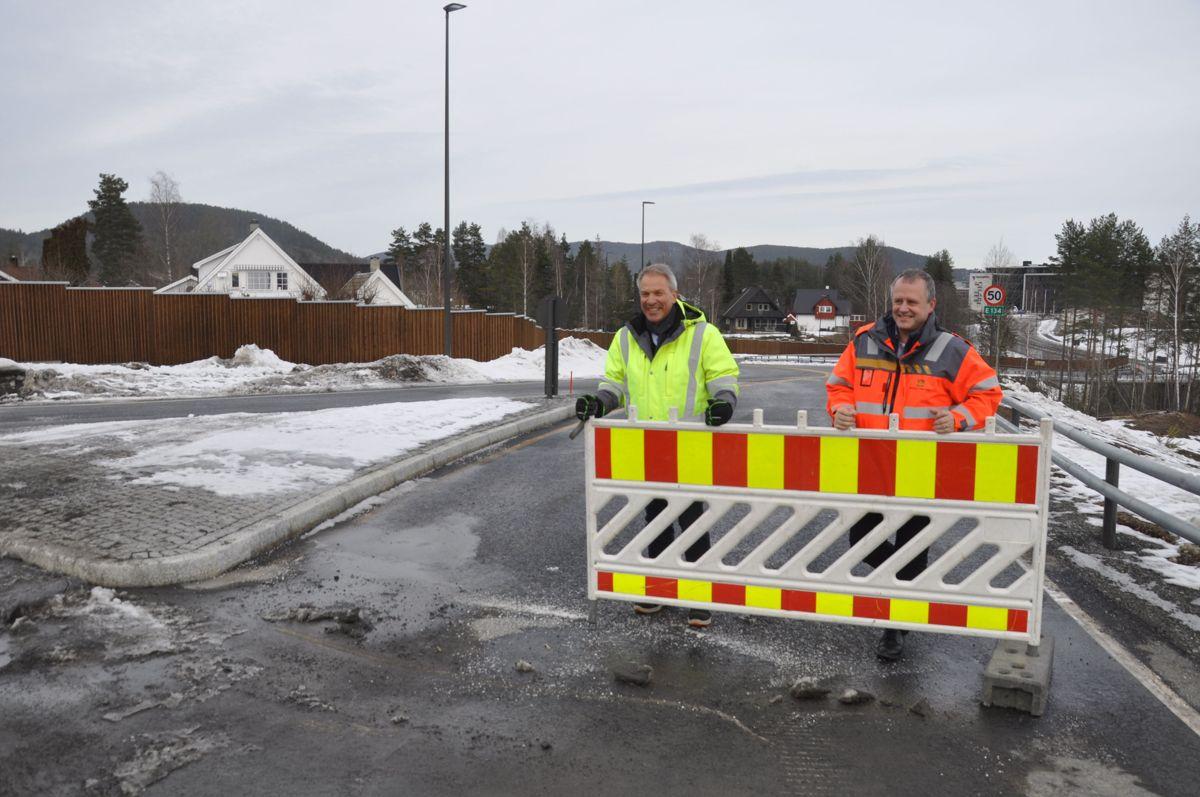 Johnny Løcka og Tom Hedalen. Foto: Kjell Wold/Statens vegvesen