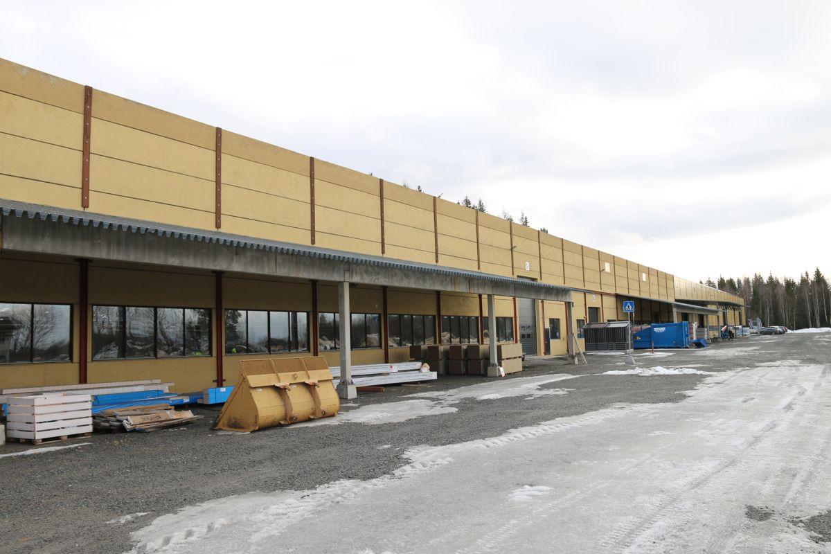 Optimera har flyttet inn i Spenncons gamle fabrikk. Det nye prefab-anlegget har et areal på 9000 kvadratmeter.