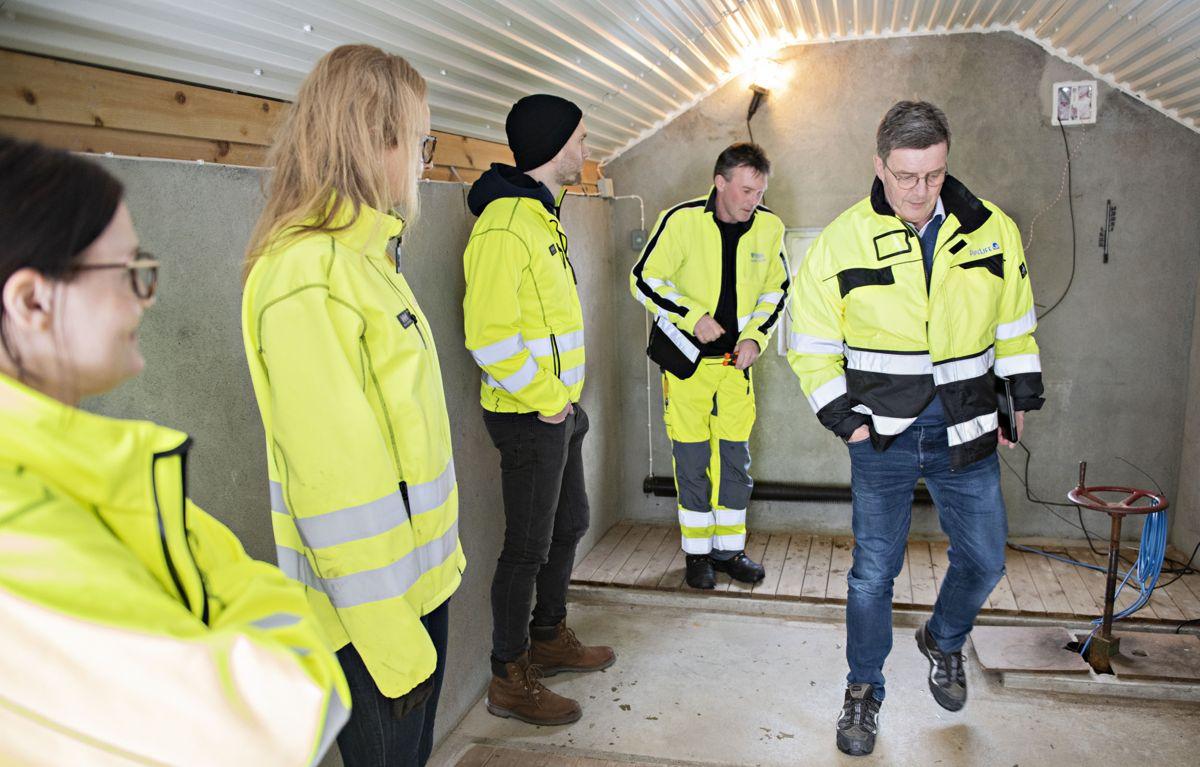 Teamet i Horisont-programmet i Pipelife til stede på installasjonen. Foto: Pipelife