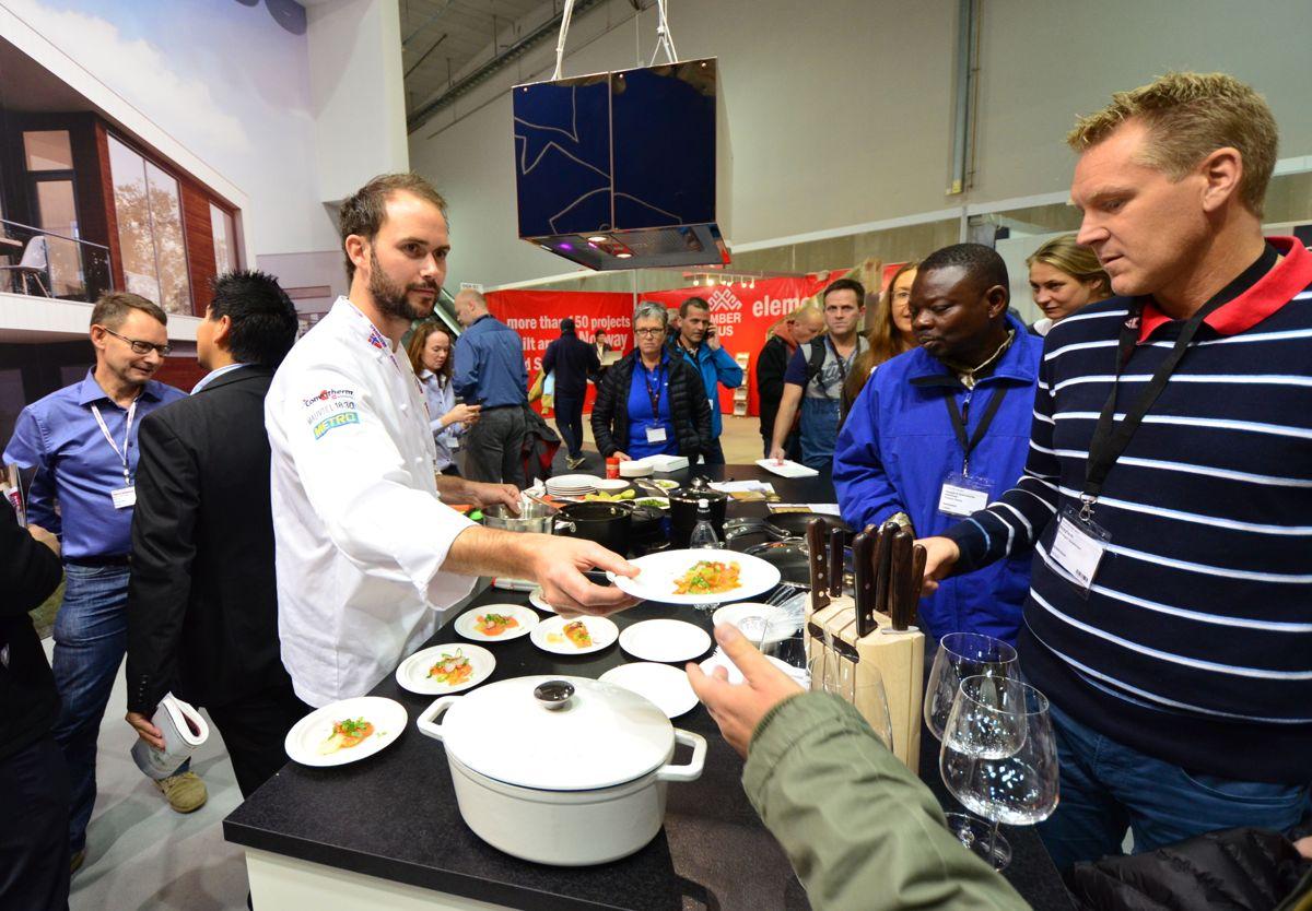 Verdens beste kokk, Ørjan Johannessen, byr på smakebiter hos Mesterhus, samt middag for ni til vinneren av årets Mesterhus-konkurranse.
