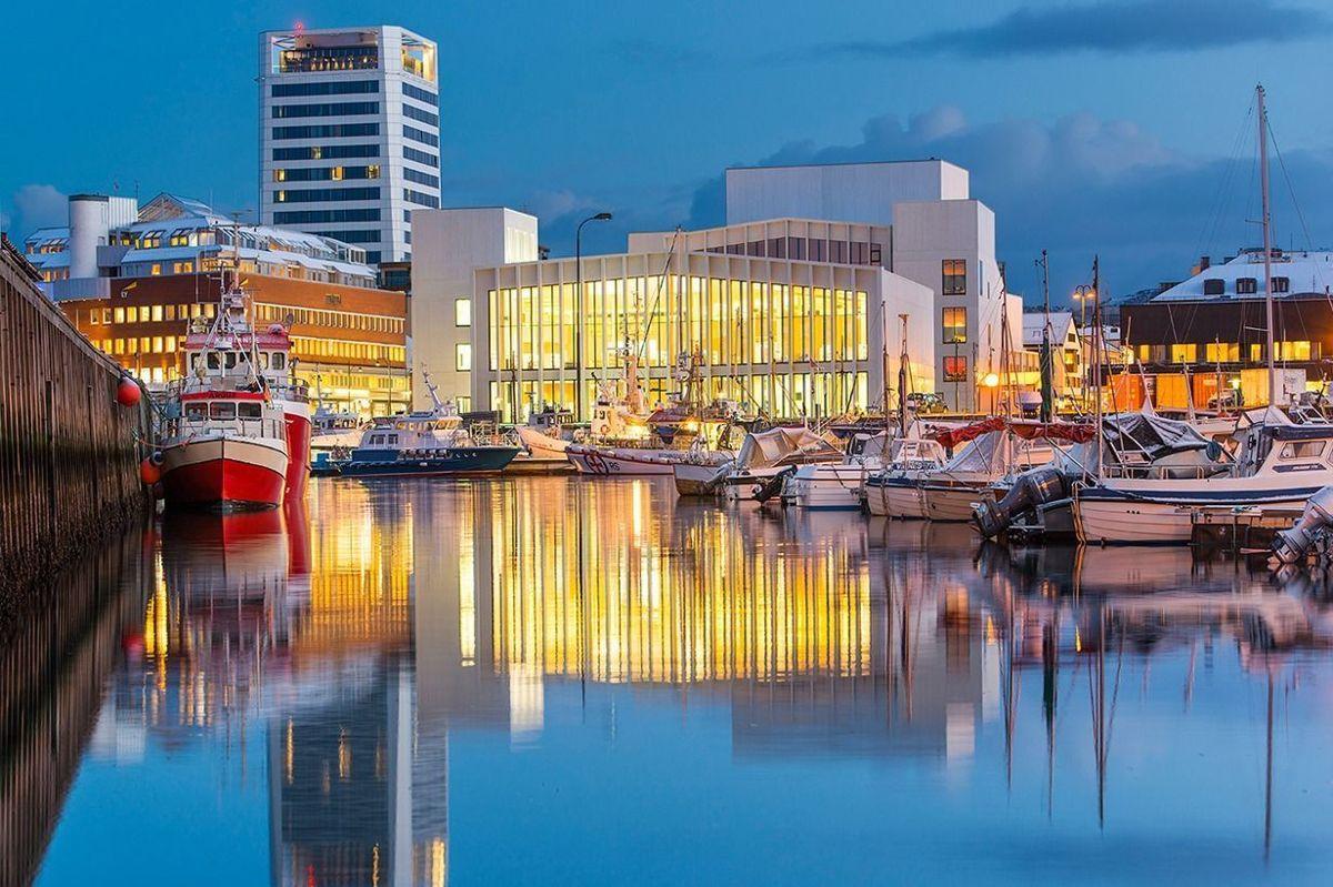 Kulturkvartalet Stormen konserthus og bibliotek i Bodø er nominert i kategorien Beste innendørsprosjekt. Foto: Norconsult