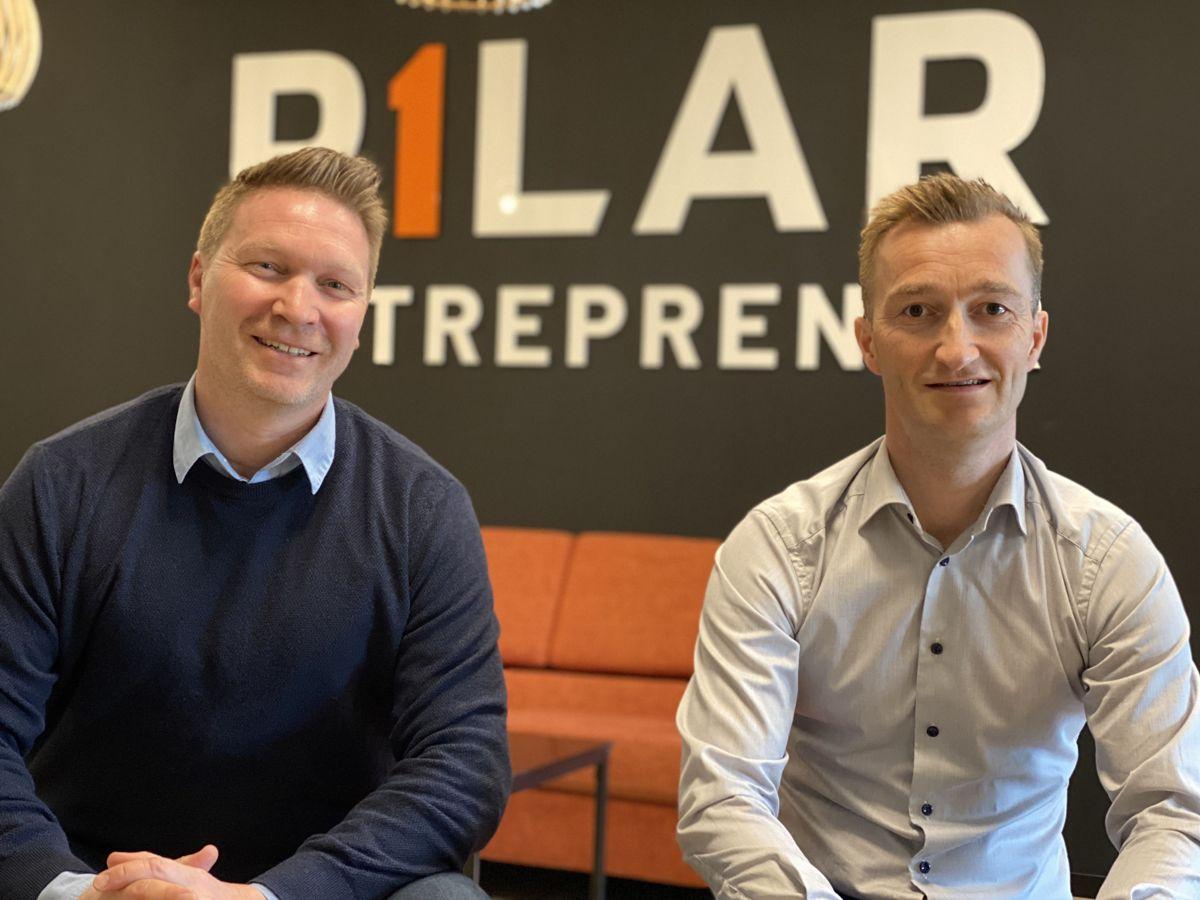 Daglig leder Vegard Berg-Johansen (til venstre) og prosjektsjef Stian Andreassen i Pilar Entreprenør. Foto: Pilar Entreprenør
