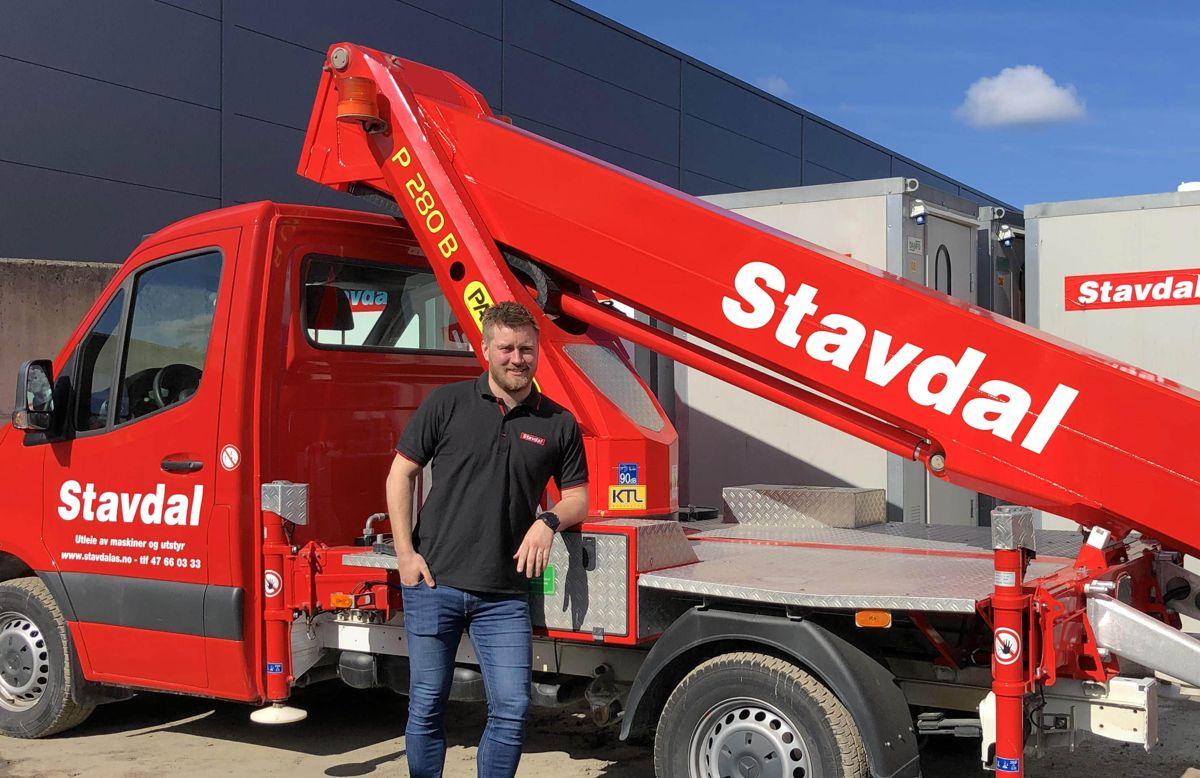 <p>Daglig leder i Stavdal AS Erik Nerbøvik Stensby. Hovedkontoret til det nye selskapet vil ligge på Furuset i Oslo. Foto: Stavdal</p>