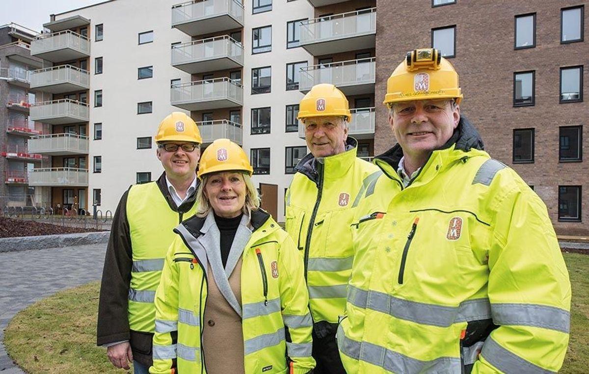 Fra venstre: Adm. dir. Per Gunnar Rymer i Grefsen Utvikling, salgsleder Berit Vigsnæs, prosjektsjef Sten Eriksson og ass. anleggsleder Claes-Göran Norberg (alle JM Norge).