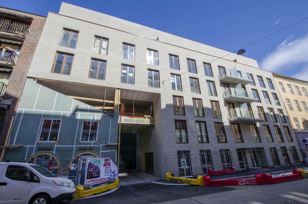 Denne byggeplassen i Oslo ble stengt etter besøk fra politi, Plan- og bygningsetaten, El-tilsynet og Arbeidstilsynet.