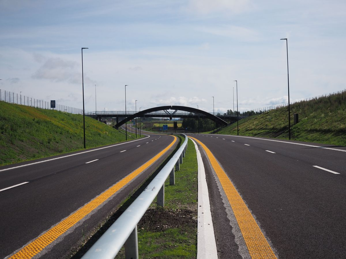 26 kilometer ny vei er nå ferdig på rekordtid. Foto: Jørn Hindklev