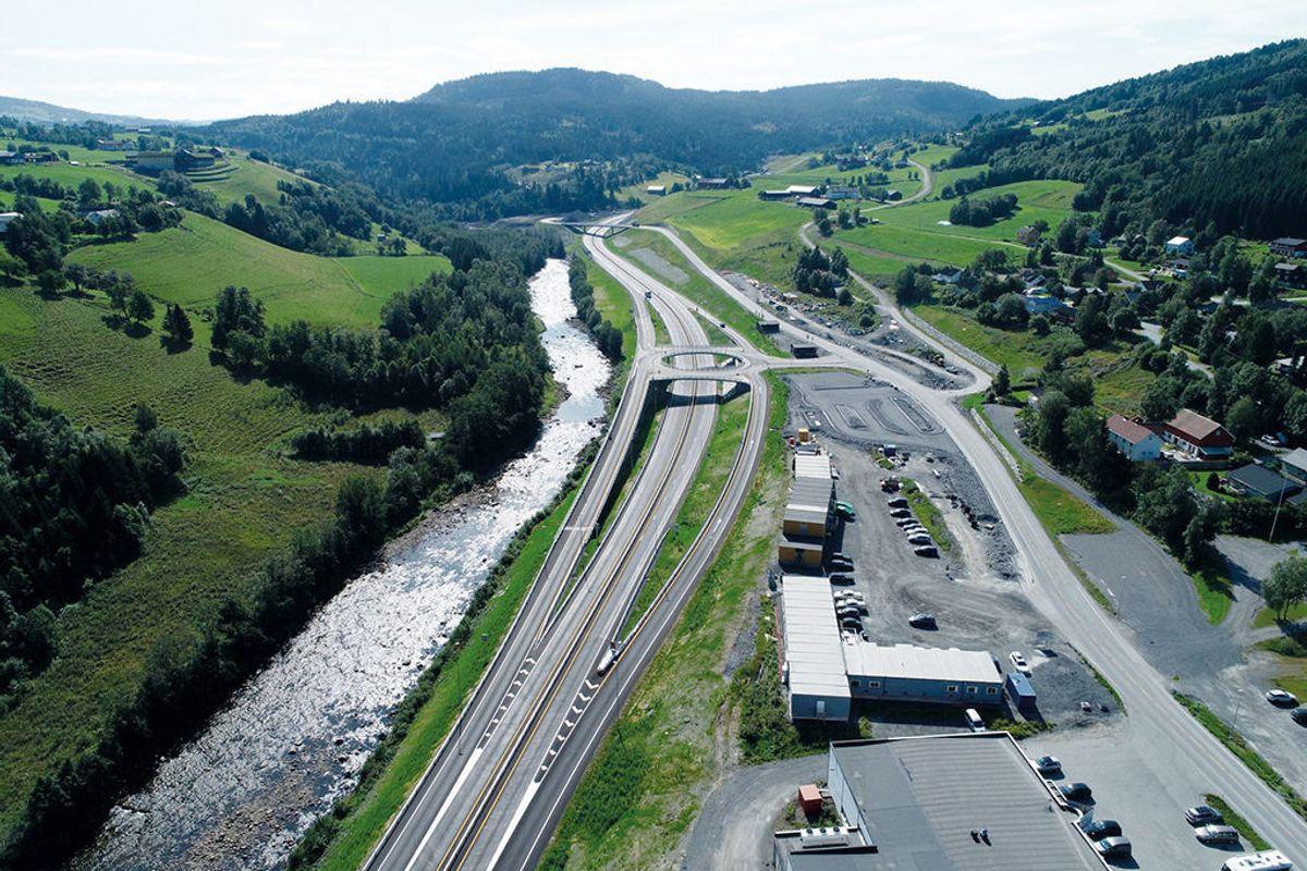 Den nye E6-strekningen går forbi tettstedet Soknedal i Midtre Gauldal kommune i Trøndelag. Foto: Zbigniew Danielewski