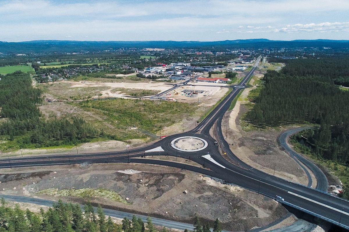 Åkrokenkrysset. Dronefoto: Statens vegvesen