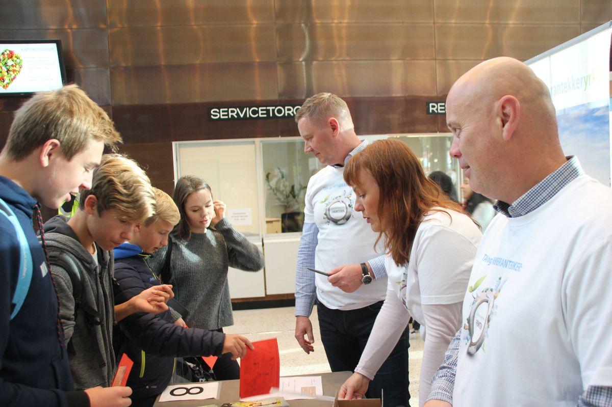BYGGVCAMP 2016: Taktekkerfaget på Kuben yrkesarena. Foto: Svanhild Blakstad
