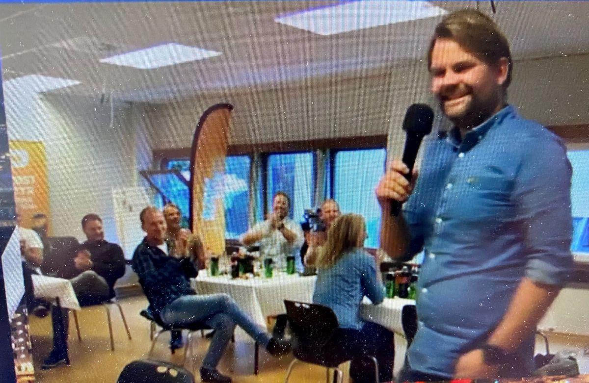 Stemningsrapport direkte fra Bjarte Øie i Kristiansand etter kåring som «Årets all star team. Foto: Neumann Bygg (Gøril Solheim/Linda Heuch)