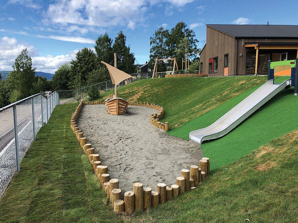 Bjørbekk & Lindheim har vært landskapsarkitekt i prosjektet. Foto: Backe Oppland.