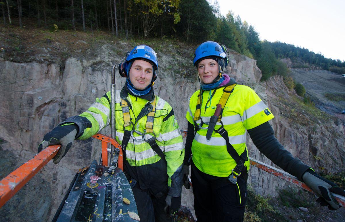 Ingrid Skårnes og Lars Skjærseth er begge lærlinger i Gjerden Fjellsikring.