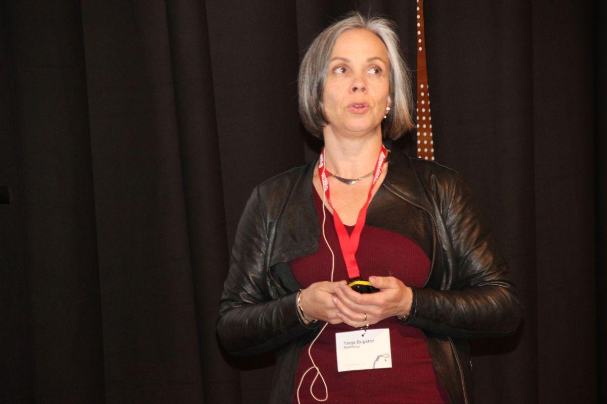 Tanja Halonen Dugstad i Statsbygg presenterte ny SHA-veileder. Foto: Svanhild Blakstad