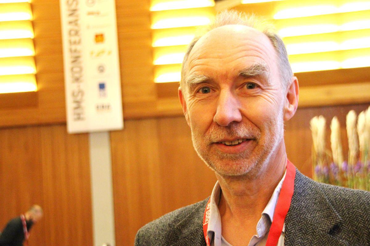 Trond Bølviken, direktør for strategi, forbedring, HR og HMS i Veidekke var en av innlederne på HMS-konferansen. Foto: Svanhild Blakstad