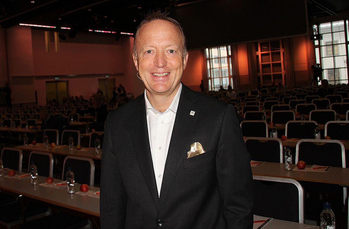 Harald Vaagaasar Nikolaisen klar til å ta imot de 500 påmeldte til konferansen.