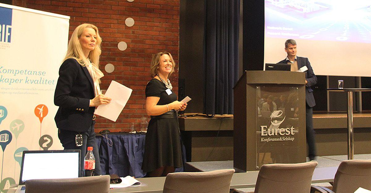Kari Due-Andresen (f.v.), Liv Kari Skudal Hansteen og Tom Baade-Mathiesen.