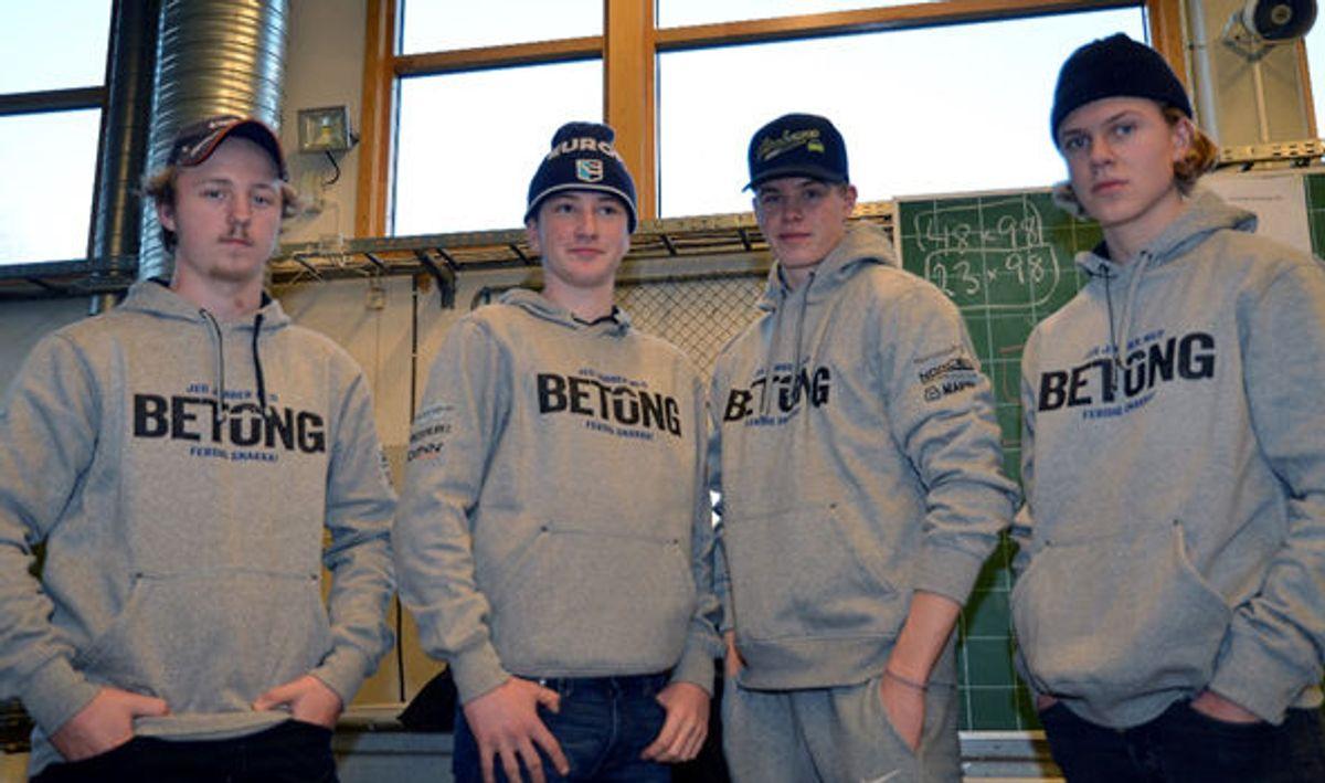 Nicolai Røhne, Herman Smaaberg, Even Sollien og Viktor Håkonsen, elever som tar yrkesfaglig fordypning i betong.