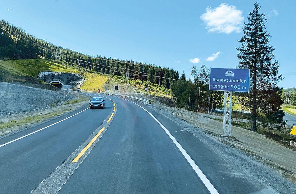 Den 900 meter lange Åsnevtunnelen er den lengste tunnelen i prosjektet. Foto: Henrik Lissman, Statens vegvesen