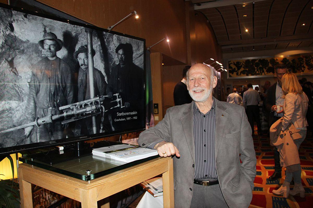 Jarle Gausen promoterer Norsk Fjellsprengningsmuseum.