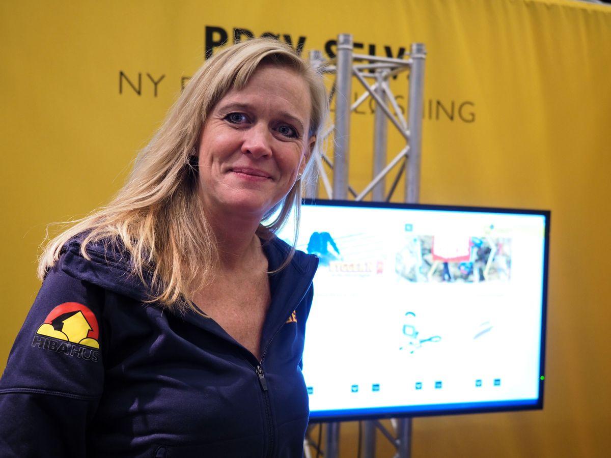 <p>Kjededirektør Christine Holm i Bygger'n er klar for lansering av ny netthandelsløsning i midten av desember. Foto: Jørn Hindklev</p>