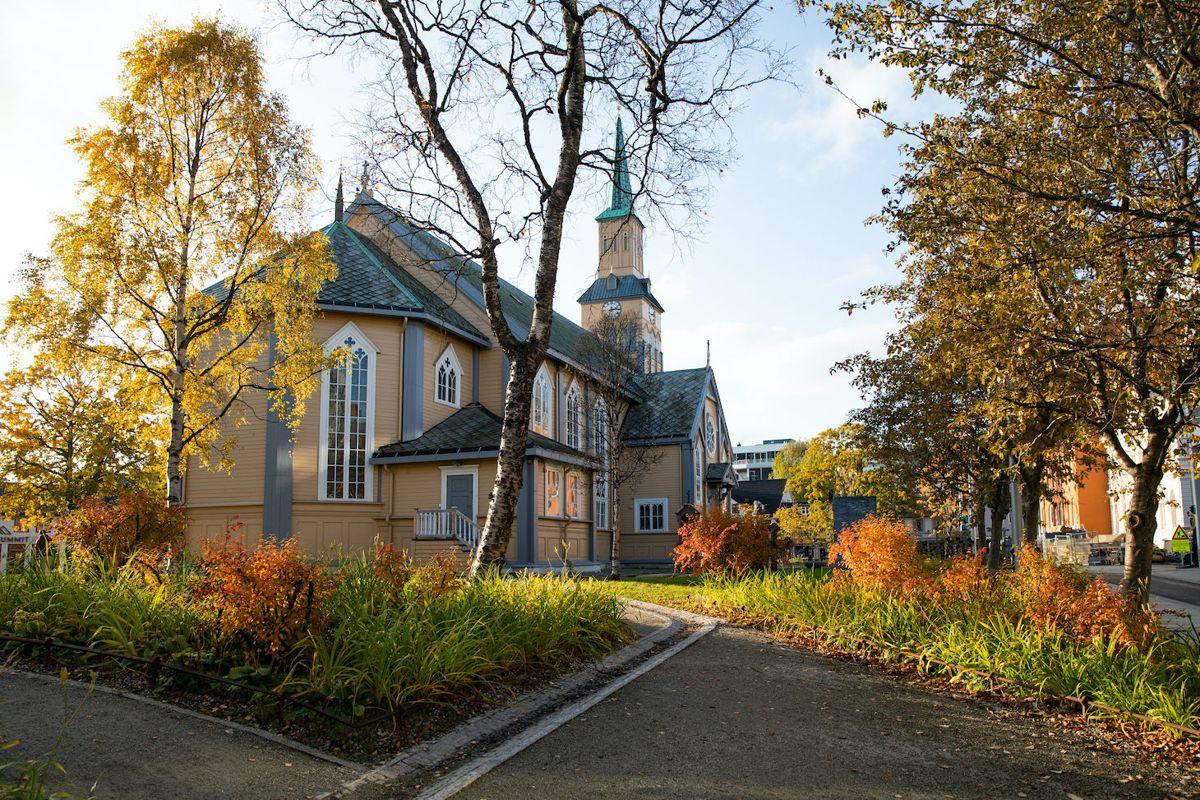 Kirkeparken i Tromsø – Ragnhild Momrak, Rainer Stange. Foto: Kristina Schröder