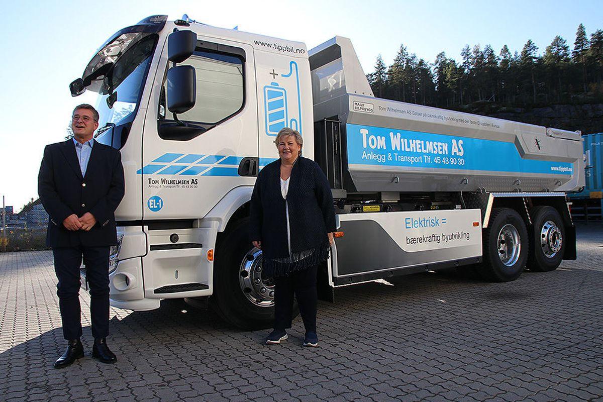 Erna Solberg og Tom Wilhelmsen.