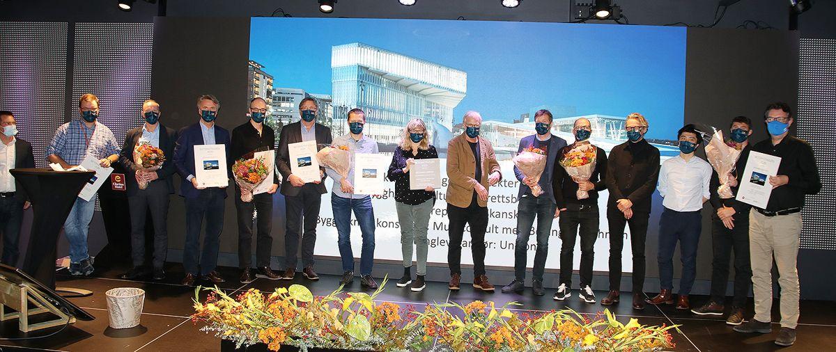 Vinnerne av Betongtavlen 2020 samlet etter prisutdelingen.