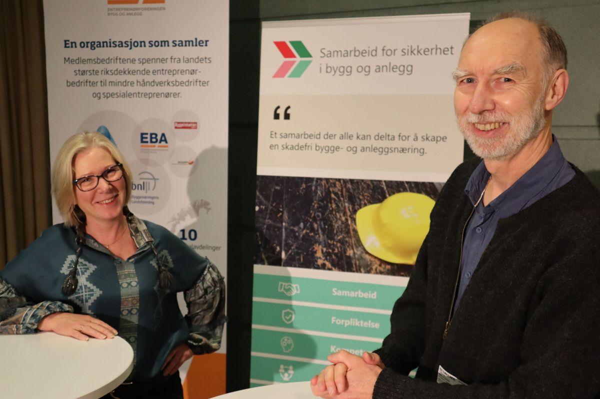 Daglig leder Lene Jønsson og styreleder Trond Bølviken i Samarbeid for sikkerhet i bygg og anlegg. Foto: Svanhild Blakstad