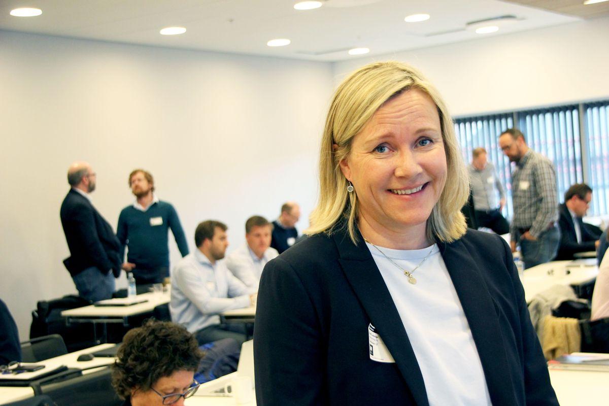 – Ambisjonen om utslippsfrie bygge- og anleggsplasser har spredt seg i markedet, og det er viktig at vi som er store går foran og får med oss de mindre aktørene, sier miljøsjef Randi Lekanger i Skanska. Foto: Svanhild Blakstad