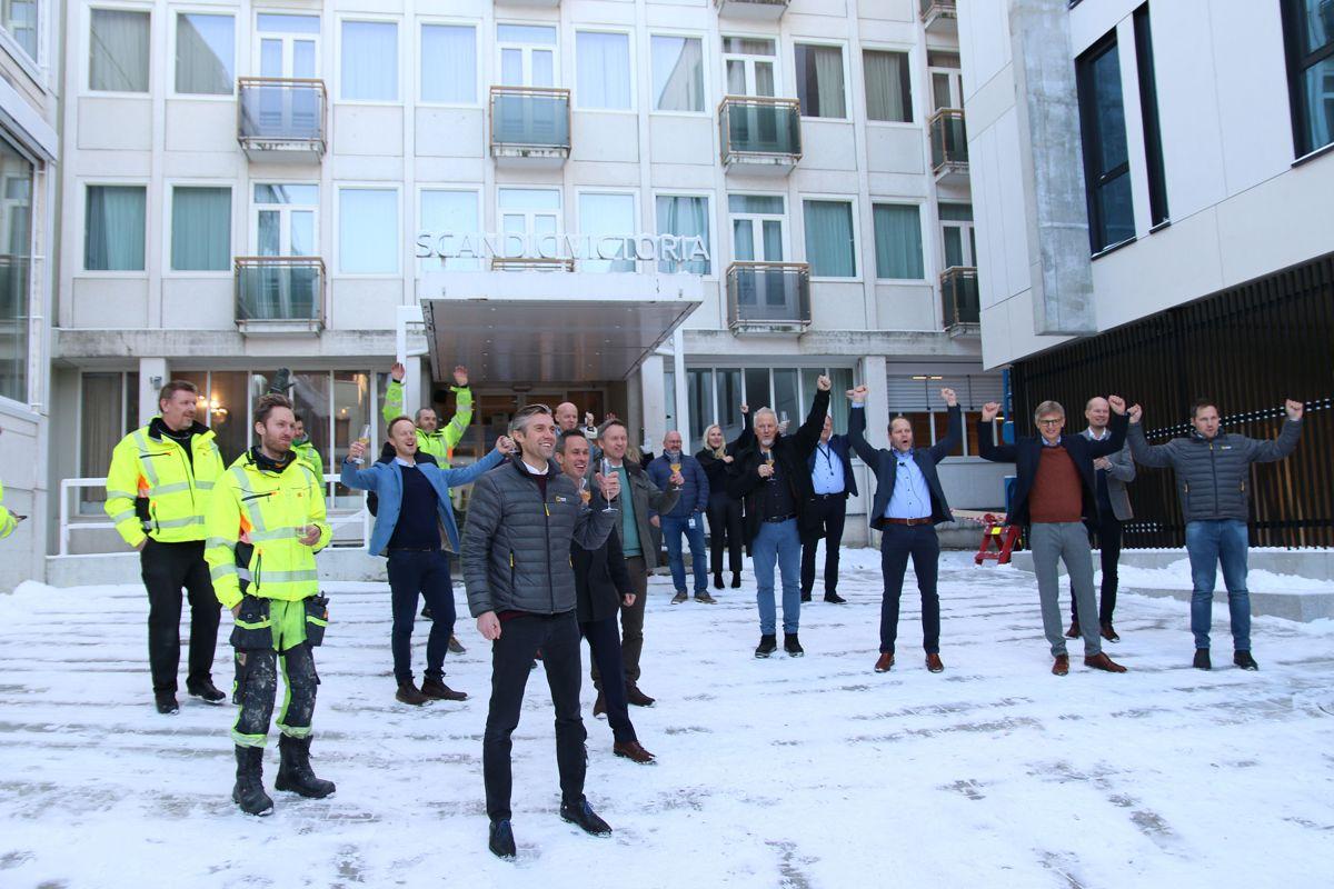 Godt humør og fornøyde aktører preget åpningen av den nye hotellfløyen.
