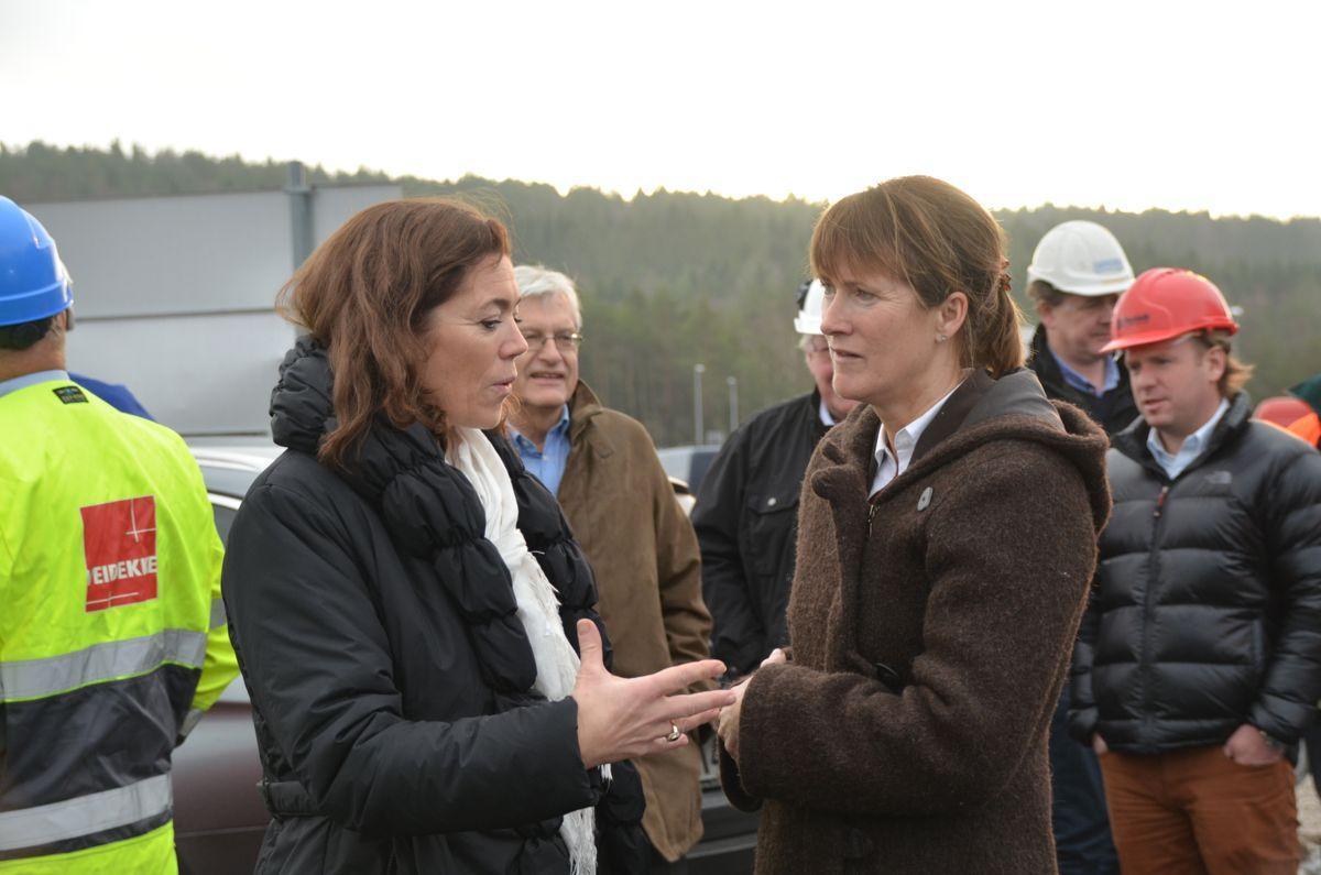 NHO-leder Kristin Skogen Lund og EBA-sjef Kari Sandberg.