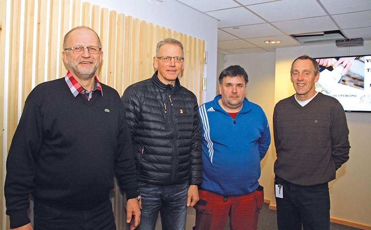 F.v Maths Johansson (direktør Hernes Institutt), Ola Elling Øien (prosjektleder Martin M. Bakken), Geir Bråthen (formann Martin M. Bakken) og Ole Jo Kristoffersen (utviklingsleder Hernes Institutt).