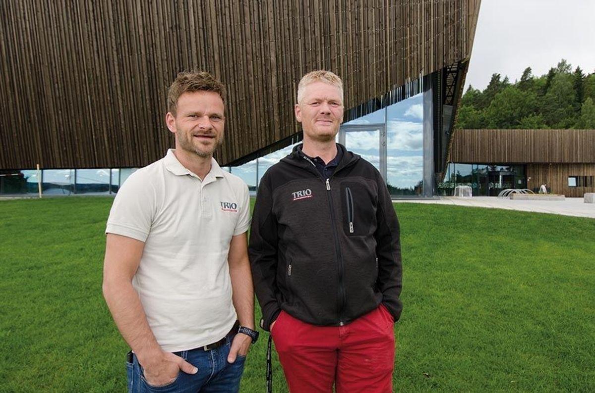Daglig leder Arve Gunnestad (til venstre) og anleggsleder Johann Gudmundsson i Trio Entreprenør.