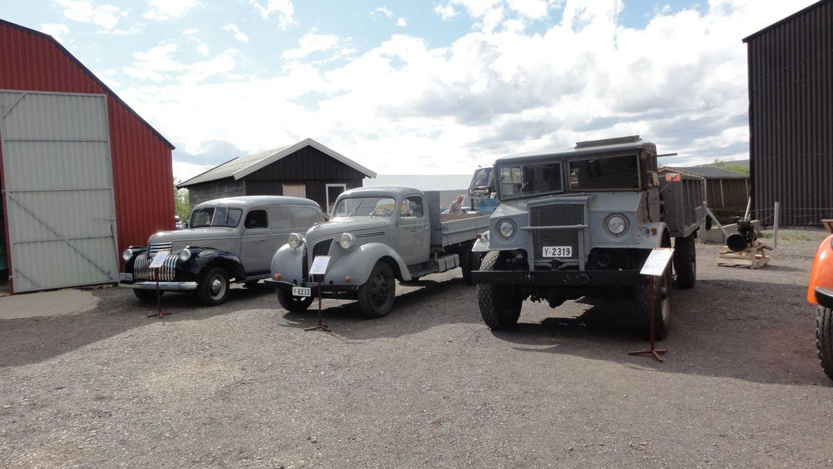 En Chevrolet fra 1947, Volvo lastebilen fra 1941 og en Ford Canada fra 1943 er tre av de gamle bilene som er restaurert og som vises fram i Skiippagurra.