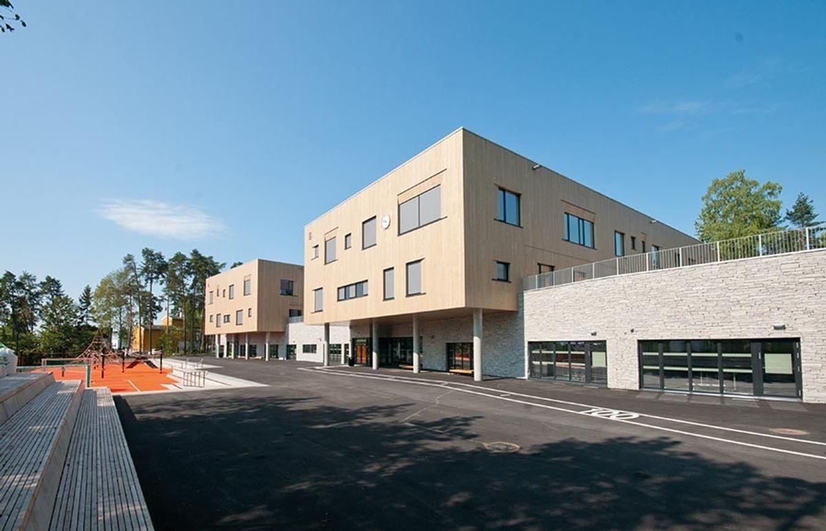 <p>Bjørnsletta skole. Foto: Trond Joelson</p>