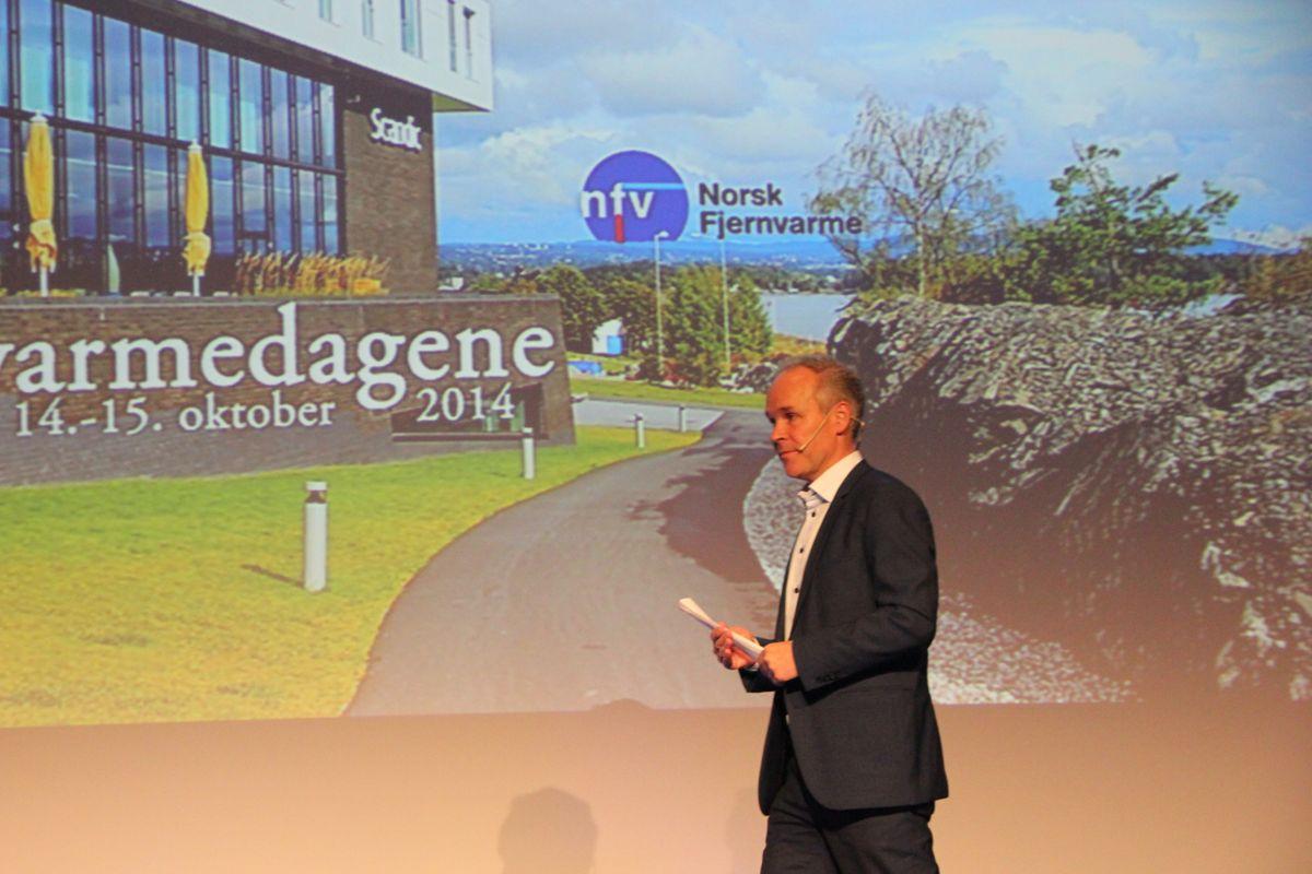 Kommunal- og moderniseringsminister Jan Tore Sanner åpnet Fjernvarmedagene 2014. Foto: Foto: Svanhild Blakstad